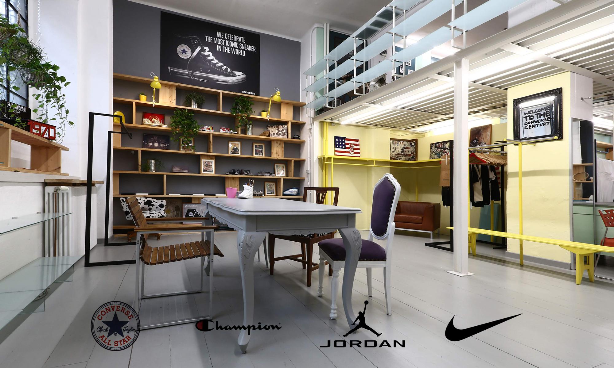 converse; converse alla stars; jordan; jordan apparel; nike; nike apparel; champion; champion apparel; iannello rappresentanze; luigi iannello; iannello; iannello rappresentanze torino;